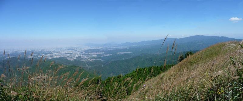 岩湧山頂から眺望